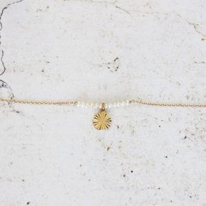 Bracelet perles et pendentif soleil