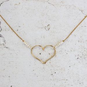 Collier coeur et perles