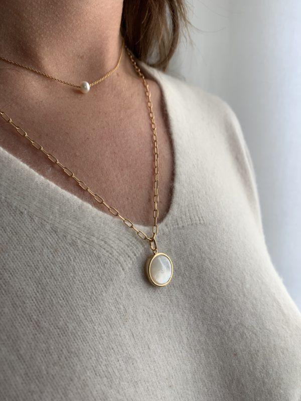 collier perle et nacre